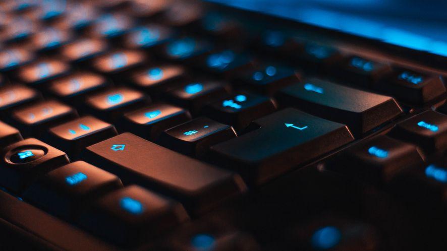 IDC: rekordowa sprzedaż komputerów w 2020 roku