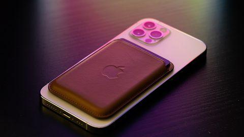 Apple: iPhone 12 i ładowarki MagSafe zakłócają sprzęt medyczny. Firma ostrzega