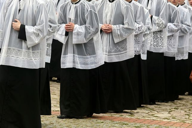 Ida księża