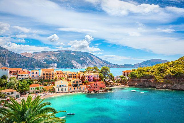Brytyjczycy rozkochali się w Grecji i jest to jeden z ich ulubionych kierunków wakacyjnych