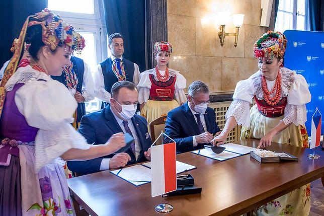 Śląskie. Kraj Śląsko-Morawski i Woj. Śląskie podpisały umowę o współpracy.