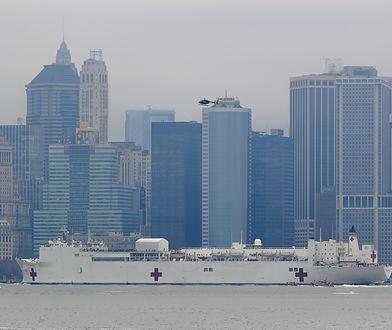 Pływający szpital dostarczy służbom medycznym Nowego Jorku 1000 dodatkowych miejsc dla chorych