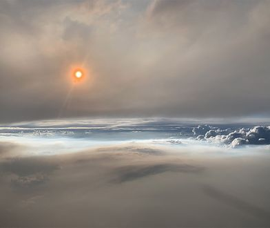 """NASA wykonała zdjęcia """"ognistej chmury""""."""