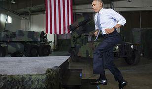 Barack Obama odwiedza bazę wojskową w Fort Lee w stanie Wirginia.