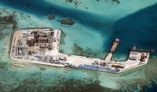 Chińska budowa na rafie Chigua w rejonie Spratly (stan na 19 lutego 2015 r.)