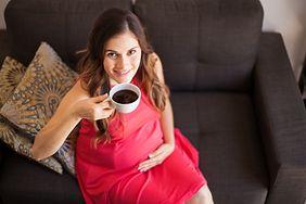 Naukowcy uspokajają: picie kawy w ciąży nie wywołuje otyłości i problemów z zachowaniem u dzieci