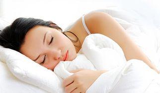 Chcesz sie wyspać? Rozważ zakup materaca hybrydowego (WIDEO)