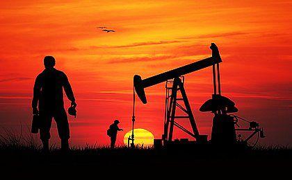 Cena ropy w okolicach tegorocznych minimów