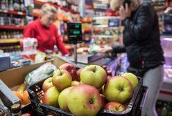 Hipermarkety okazały się za duże. Polacy wolą robić zakupy w małych sklepach