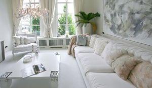 Biały salon - oaza wypoczynku. Nastrojowe aranżacje salonów z białymi ścianami
