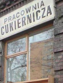 """Koronawirus zapukał do drzwi najsłynniejszej pączkarni w Warszawie. """"Każdy pączek jest na wagę złota"""""""