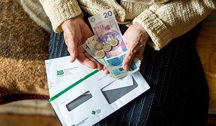 Czternaste emerytury mogą być wypłacane najwcześniej w listopadzie 2021 roku