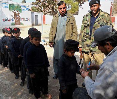 Epidemia polio. Odrodzenie zapomnianej choroby