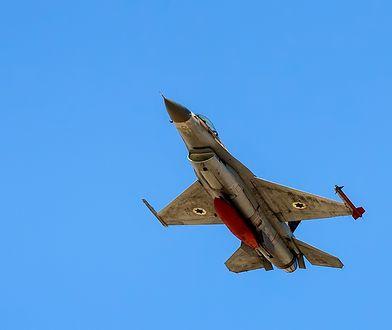 Wpadka izraelskiej armii. Osiem myśliwców F-16 zalanych