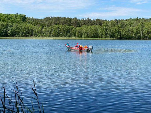 Akcja poszukiwawcza na jeziorze Oskowo