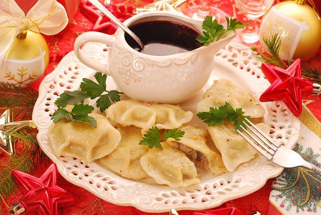 Przepisy na potrawy wigilijne: pierogi z kapustą i grzybami, barszcz, karp. Znajdź przepis na świąteczne danie