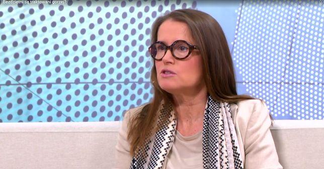 """Monika Jaruzelska komentuje ustawę PiS. """"Byłby niezły spektakl: wyrzucanie Jaruzelskiego z grobu"""""""