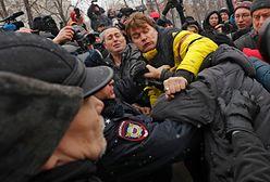 """""""Marsze matczynego gniewu"""" w Rosji. Zatrzymano co najmniej 11 osób"""