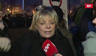 Dorota Stalińska na strajku kobiet: politycy i biskupi chcą zmusić kobiety do rodzenia chorych dzieci i zostawić je same