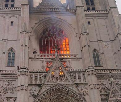 Francja. Pożar w katedrze św. Piotra i Pawła w Nantes. Prokuratura wskazuje, że to mogło być podpalenie