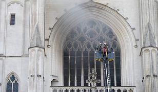Francja. Pożar w katedrze św. Piotra i Pawła w Nantes. Kilka godzin trwała walka z ogniem