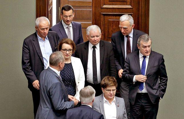 Do partii miało trafić w sumie 1,2 mln złotych
