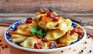 Pierogi z kabanosem i ziemniakami