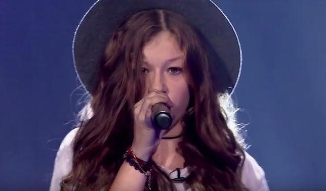 """Zuzia w jednej chwili poruszyła """"The Voice Kids"""". Wybitnie zdolna dziewczyna mierzy się z poważną chorobą"""