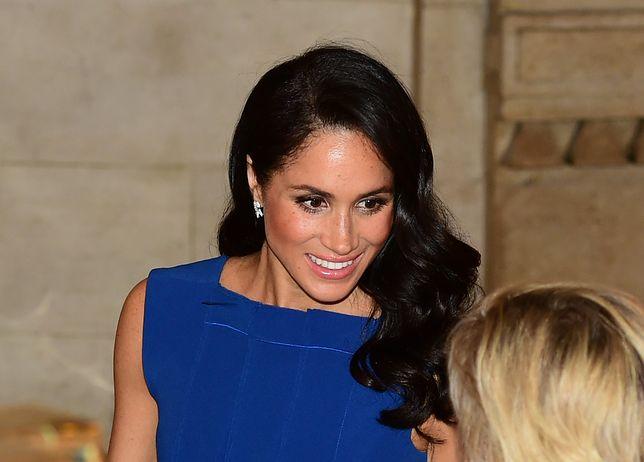 Plisowana spódnica hitem jesieni. Nosi ją zarówno księżna, jak i królowa