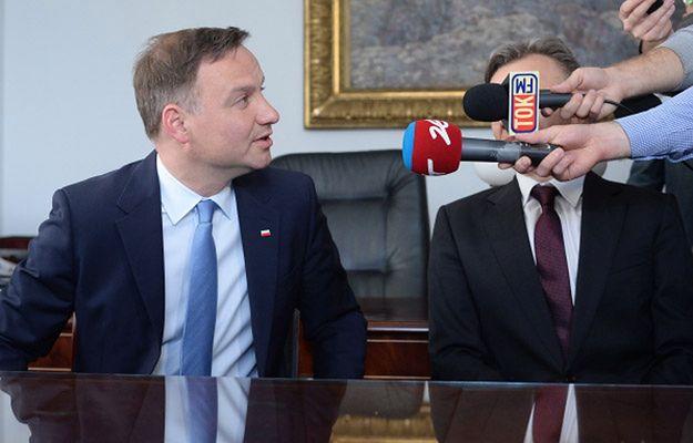 Andrzej Duda podczas spotkania w senacie z pokrzywdzonymi przez banki