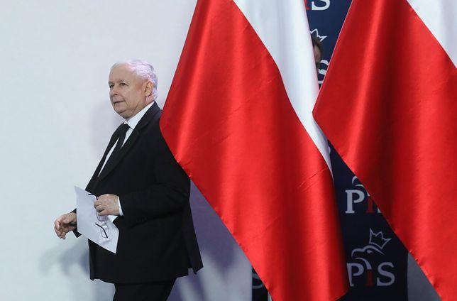 Prezes PiS: osoby zatrudnione w spółkach skarbu państwa nie mogą kandydować na radnych