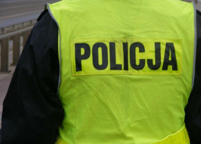 Nożownik zaatakował policjantów. Trwają poszukiwania