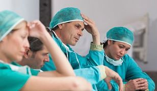 Trudna droga młodych lekarzy
