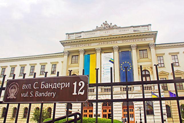 Fasada Politechniki Lwowskiej.