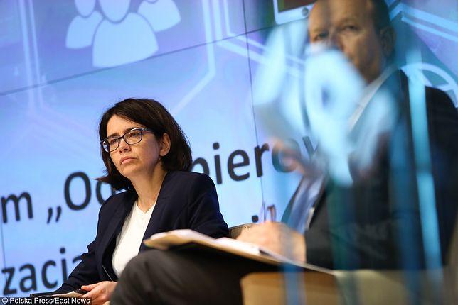 Anna Streżyńska, minister cyfryzacji, autorka projektu lektury.gov.pl.