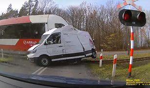 Wypadek na przejeździe kolejowym w Łysomicach