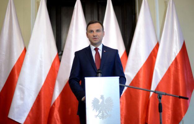 """Andrzej Duda atakuje rząd. """"Czas na koniec afer, to kompromituje polskie państwo"""