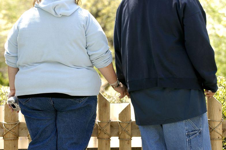 Osoby otyłe są bardziej podatne na koronawirusa