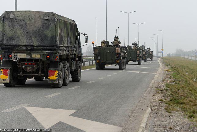 Powrót amerykańskiego konwoju z ćwiczeń z krajów bałtyckich