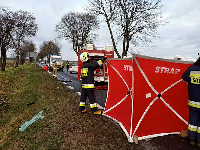 Mazowieckie. W akcji ratowniczej bierze udział 24 strażaków