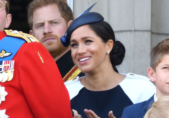 Meghan Markle wraz z księciem Harrym podczas Trooping the Colour