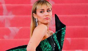Miley Cyrus pokazała zdjęcie sprzed lat.