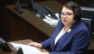 Zdaniem Anny Sobeckiej z PiS, służba zdrowia wymaga jak najszybszej naprawy