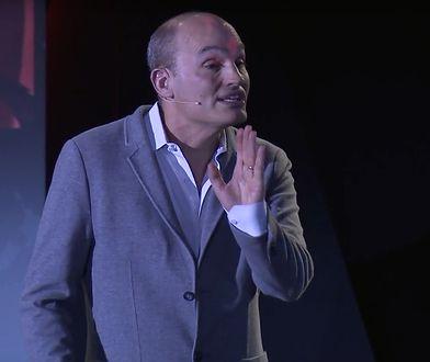 """Todd Yellin podczas """"żywego"""" występu na konferencji w Rzymie"""