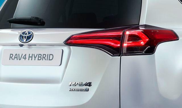 Toyota RAV4 będzie dostępna w wersji hybrydowej