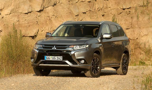 Mitsubishi Outlander PHEV 2016 już na polskim rynku