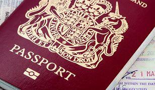 Brytyjczycy po Brexicie wrócą do niebieskich paszportów?