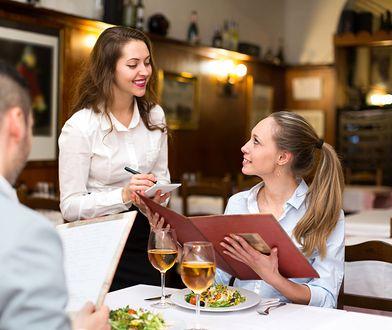 Czego nie należy zamawiać w restauracji?