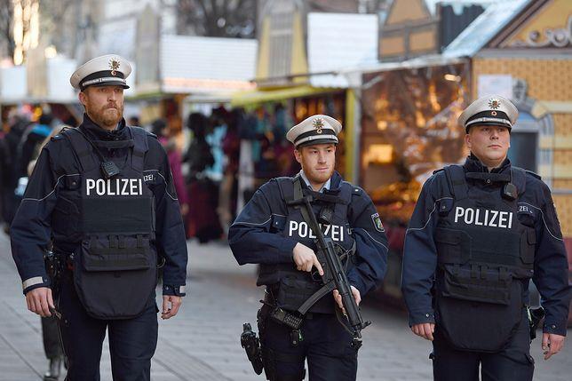 """Zmiana polityki migracyjnej w Niemczech? """"Konsekwentne deportacje"""""""