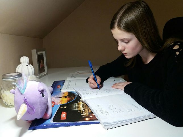 Ambitna nastolatka z dyskalkulią. Matematyka może stanąć na drodze do dalszej edukacji